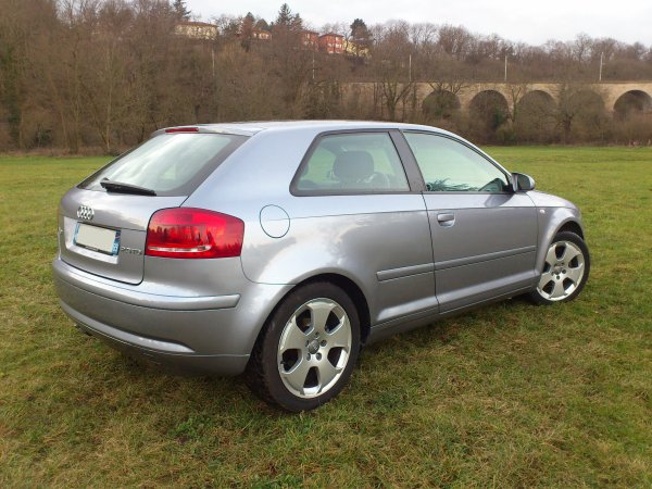 superbe audi a3 2l tdi 140cv ambition an 10 2003 190000kms. Black Bedroom Furniture Sets. Home Design Ideas