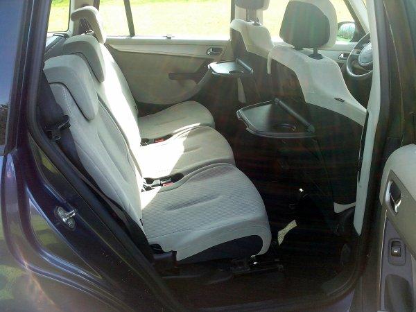 citro n grand c4 picasso an 10 2007 110000kms garantie 12 mois vendu le 30 04 2013 class auto 69. Black Bedroom Furniture Sets. Home Design Ideas