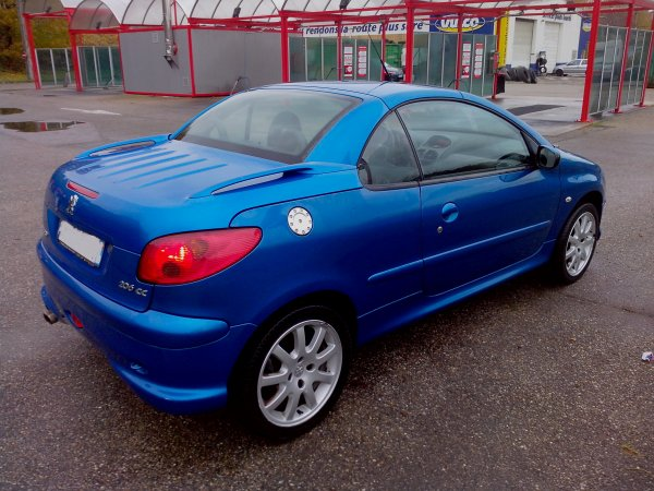 peugeot 206 cc sport pack an 06 2003 130000kms vendu le 30 11 2013 class auto 69. Black Bedroom Furniture Sets. Home Design Ideas
