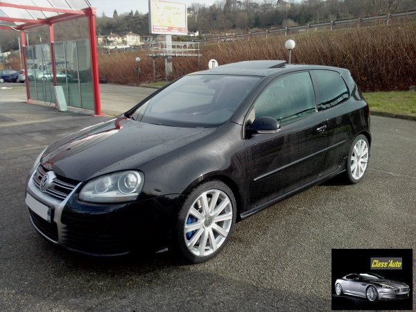 Superbe golf v r32 v6 250cv dsg 3 portes an 07 2008 for Golf 5 interieur 2008
