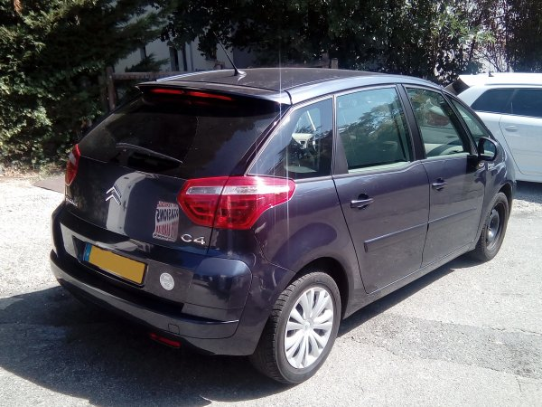 citroen c4 picasso 1 main boite manuel an 09 2004 104000kms vendu le 23 09 2016 class auto 69. Black Bedroom Furniture Sets. Home Design Ideas