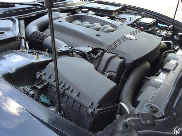 TRES BELLE JAGUAR XK8 CABRIOLET 4.0L V8 290CV AN 01/2001 AVEC 120600KMS (EN STOCK)