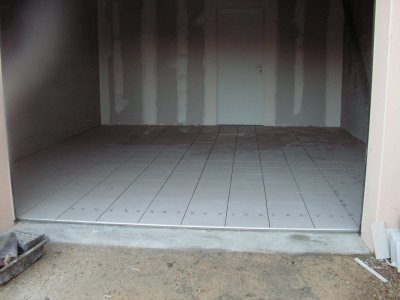 Carrelage garage for Carrelage pour garage voiture