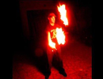 3 balles enflamm�es