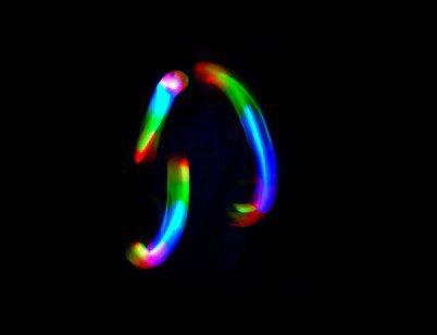 3 balles lumineuses multicolores