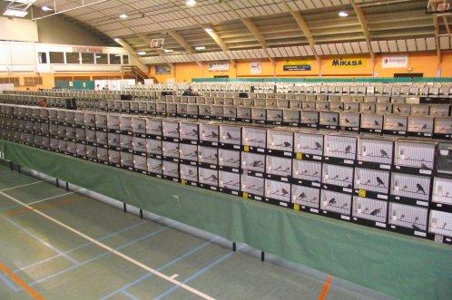 ------- 22-23-2011 Club Liégeois de Canaris de Couleurs - Waremme - 33ème Expo ------- 124 Exposanten - 3045 Wedstrijdvogels