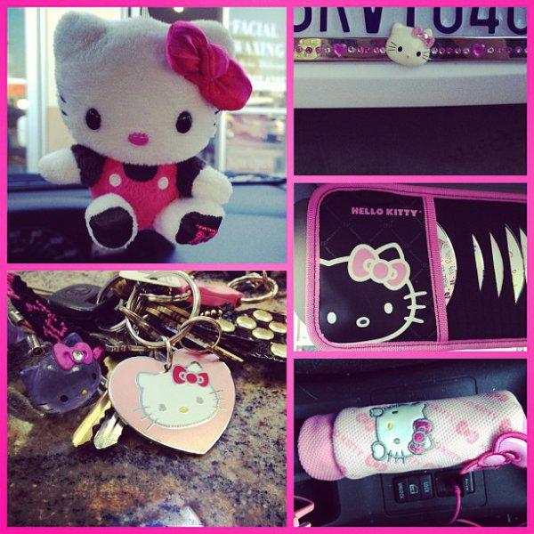 23 Juillet Les accessoires Hello Kitty de la voiture de Rydel