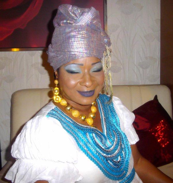 Fadima Kouyaté En mode Djandjo♪  (affaire à suivre♪ )