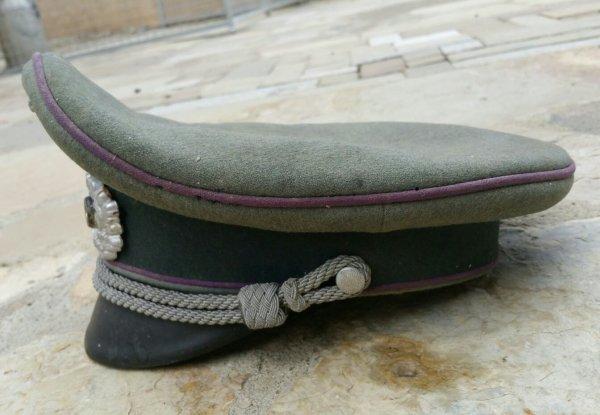 Casquette d'aum�nier Allemande WW2 . ( jus grenier )