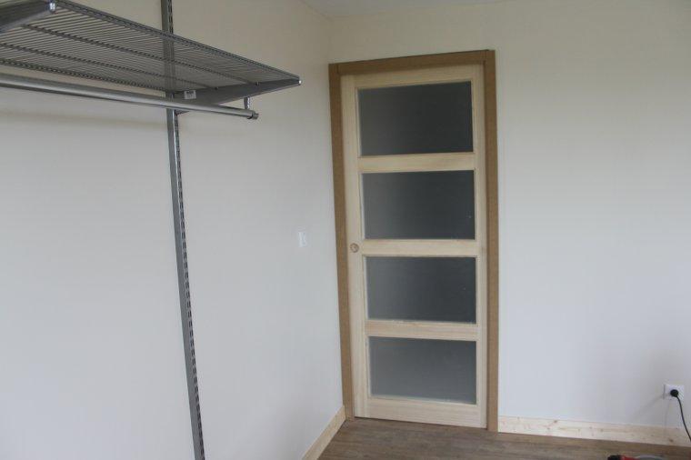 22 novembre chambre quasi termin e reste encadrement de la porte peindre - Peindre encadrement de porte ...