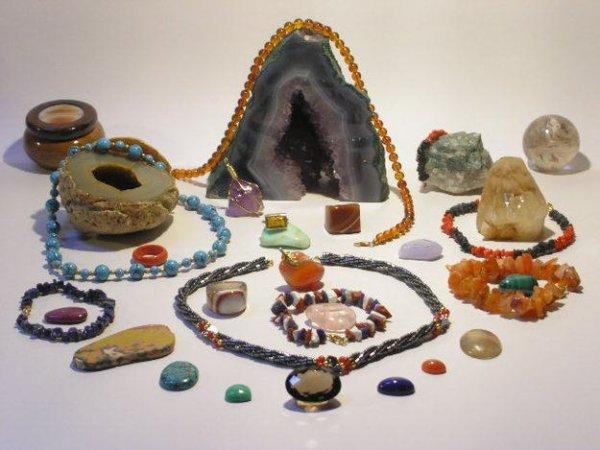 Porter des bijoux en pierre