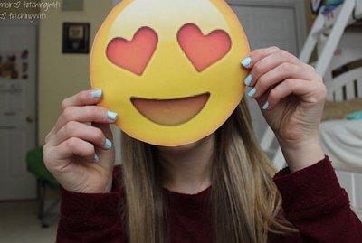Comment faire son ses t shirt emoji blog de soofamous - Comment faire craquer son voisin ...