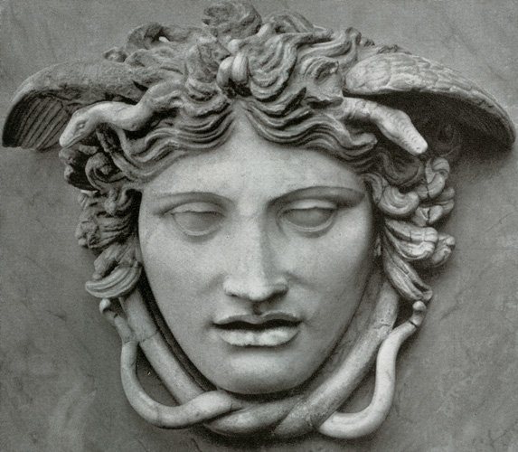 Medusa ou le syndrome du miroir critiques de cin ma for Syndrome du miroir