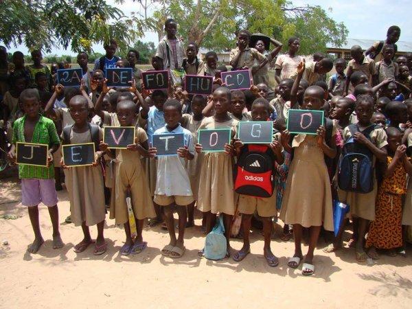 Les enfants démunis que JEV-Togo vienne en aide