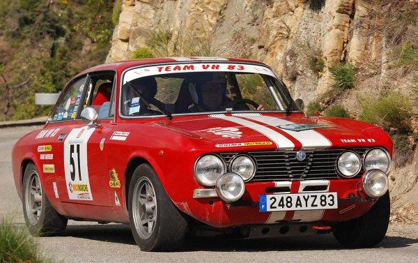ALFA-ROMEO GIULIA GT