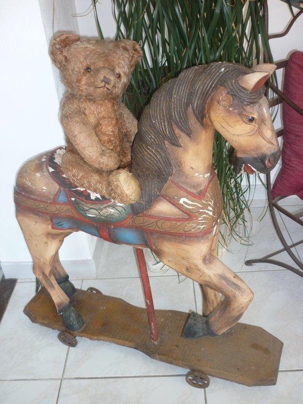 petit cheval de bois et ours pintel la passion des ours anciens. Black Bedroom Furniture Sets. Home Design Ideas