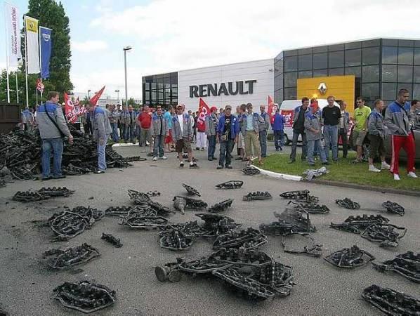 La CGT refuse de signer un accord de comp�titivit� dans une fonderie de Renault