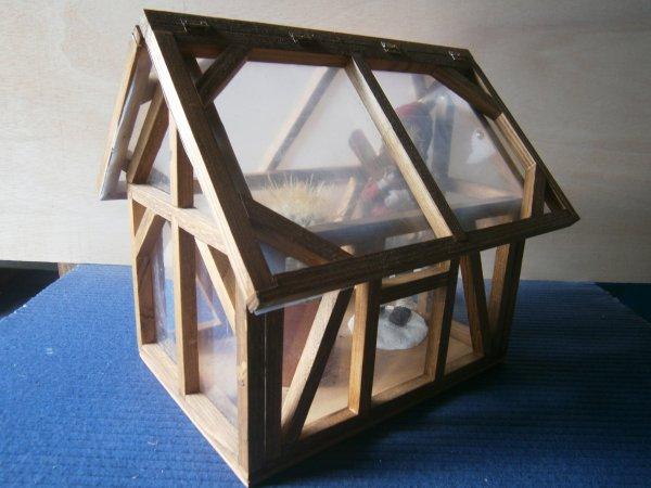 mini serre mes d coupages artistiques du bois. Black Bedroom Furniture Sets. Home Design Ideas