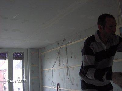 pose lambris pvc salle de bain faux plafond lambris pvc dalles adhesif au sol pose - Lambris Salle De Bain Grosfillex