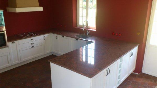 Articles de granitset tagg s cuisine granitset for Plan de travail cuisine rouge