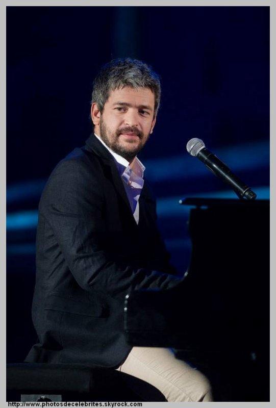 """PAROLES DES TITRES DE L'ALBUM """"LES ROSES DE MON SILENCE""""GREGOIRE."""