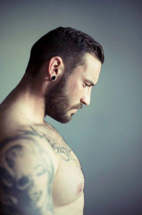 rencontre gay vannes beau mec poilu