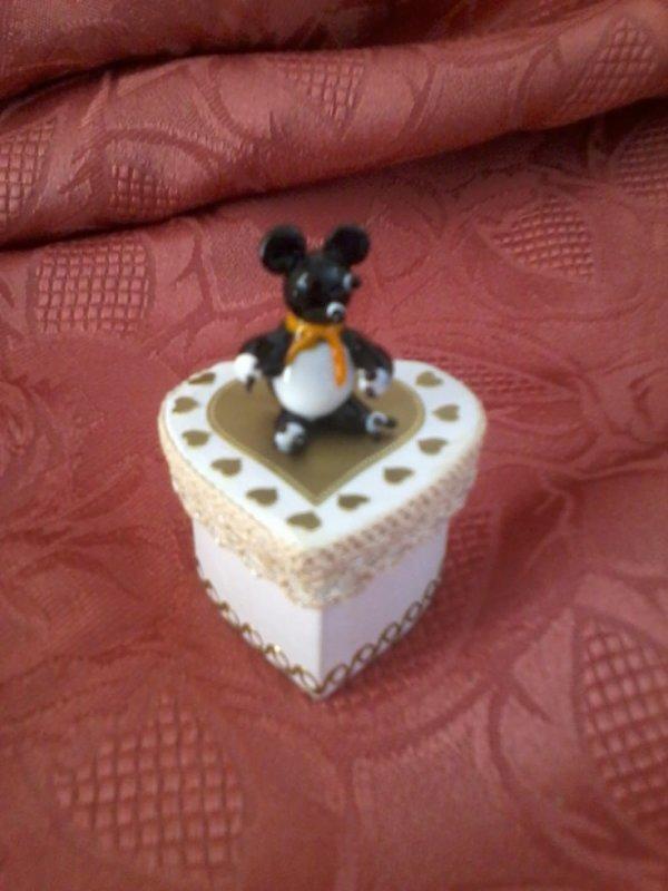 mini boite coeur avec petite souris en verre 3 euros blog de bricolagepassion. Black Bedroom Furniture Sets. Home Design Ideas