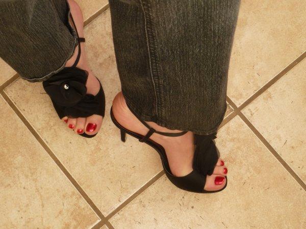 Girls Feet dance
