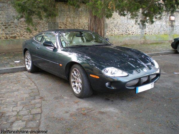 jaguar xkr coup blog de voitures rare ancienne. Black Bedroom Furniture Sets. Home Design Ideas