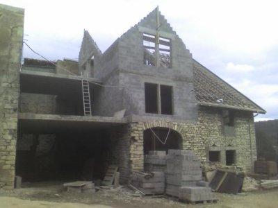Renovation d 39 une ancienne maison blog de sarltpmg for Renovation electricite maison ancienne