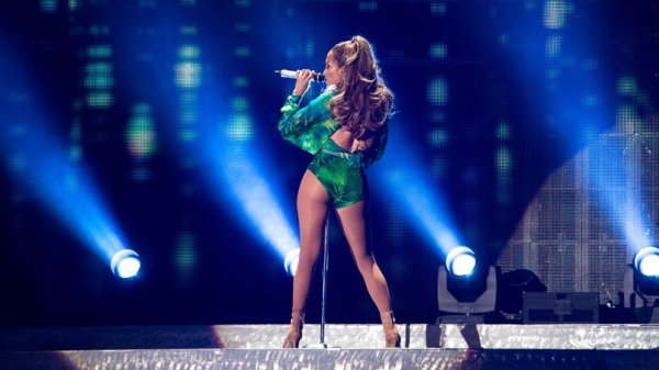 "Jennifer Lopez intepretera ""We Are One"" ce soir � la c�r�monie d'ouverture !"