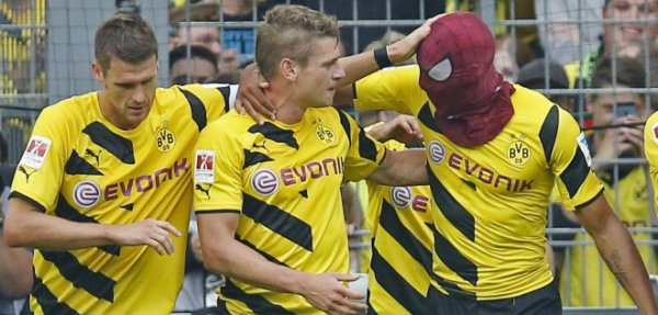 Aubameyang, le footballeur alias Spiderman !