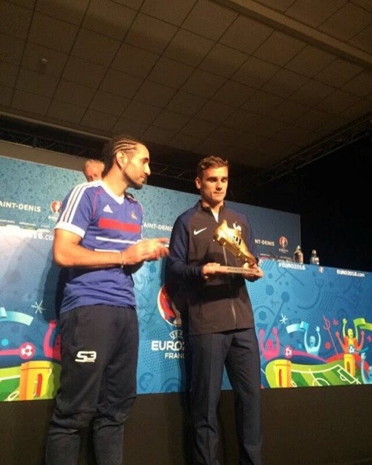 Antoine Griezmann élu meilleur joueur de l'Euro