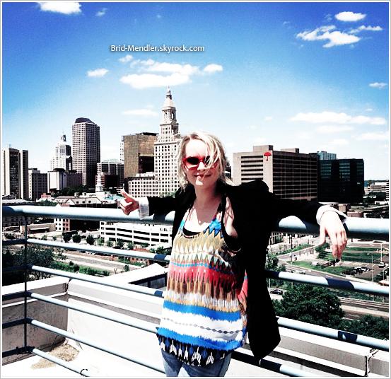En juin dernier, Brid s'est rendue à New York et a posté deux photos sur son instagram .