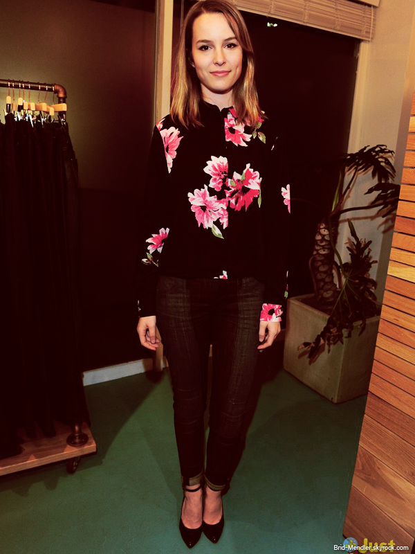 5 D�cembre 2013 | Bridgit �tait au Because You Can Launch Event dans West Hollywood