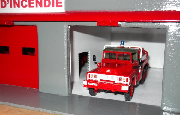 articles de vmmat tagg s caserne de pompiers pour miniatures chelle 1 43 fabrications. Black Bedroom Furniture Sets. Home Design Ideas
