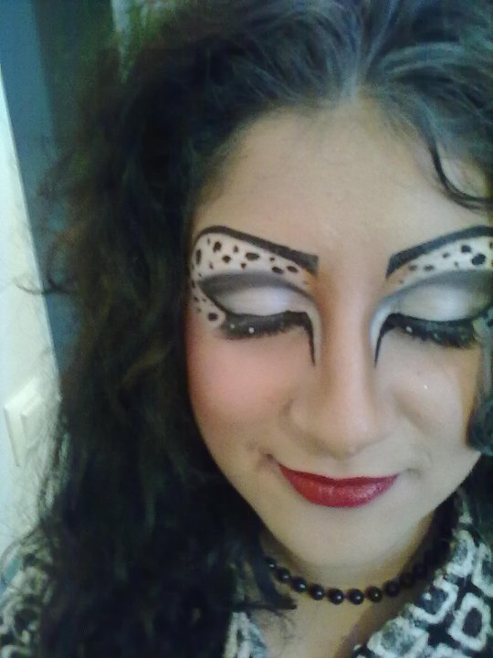 maquillage halloween cruella d 39 enfer zombie blog de upalex make up. Black Bedroom Furniture Sets. Home Design Ideas