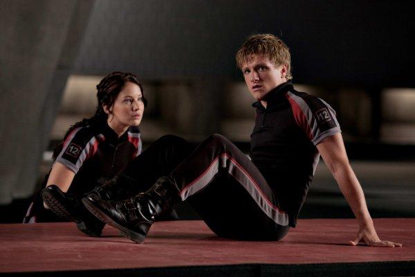 """"""" - Qu'est-ce qui se passera quand on y sera ?  - J'en sais rien, il faudra essayer d'oublier...  - Je ne veux pas oublier."""" Peeta & Katniss (Hunger Games)"""