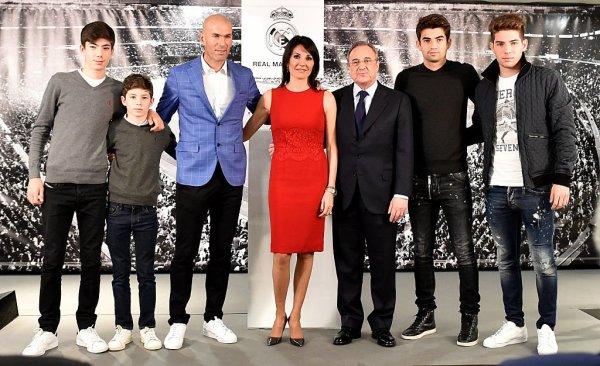 Real Madrid : Zinédine Zidane nommé entraîneur