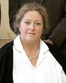 Mlle Armelle Bertrand.