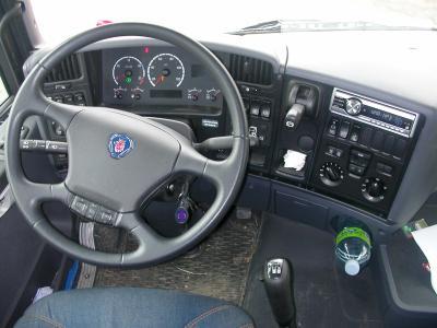 interieur d 39 un scania camion de paille b taill re d cor