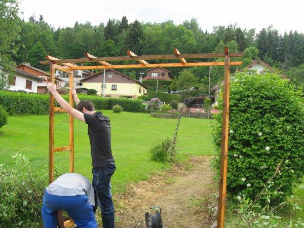 Une pergola en bois turquoise creations Faire une pergola en bois