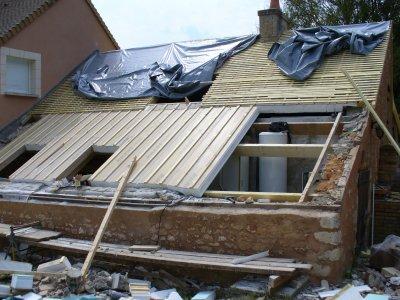 la nouvelle toiture la pelouse. Black Bedroom Furniture Sets. Home Design Ideas