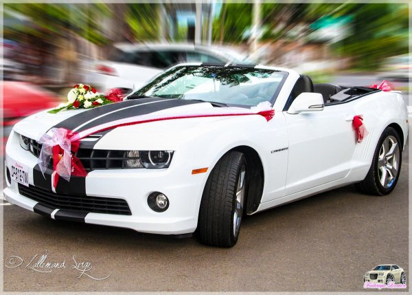 decoration voiture mariage bmw id es et d 39 inspiration sur le mariage. Black Bedroom Furniture Sets. Home Design Ideas