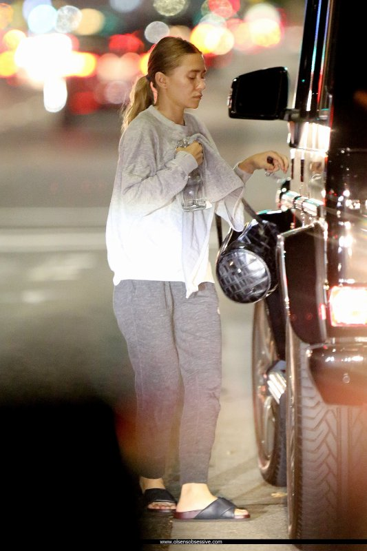 kkkkkkkkkkkkkkkkkkkkkkkkkkkkkkkkkkkkkkkkkkkkkkkkkkkkkkkkkkkkkkkkkkkkkkkkkkkkkkkkkkkkkkkkkkkkkkkkkkkkkkkkkkkkkkkk05 OCTOBRE 2015 : Ashley quittant une station d'essence en soir�e � Brentwood, Los Angeles    kkkkkkkk kkkkkkkkkkkkkkkkkkkkkkkkkkkkkkkkkkkkkkkkkkkkkkkkkkkkkkkkkkkkkkkkkkkkkkkkkkkkkkkkkkkkkkkkkkkkkkkkkkkkkkkkkkkkkkkk