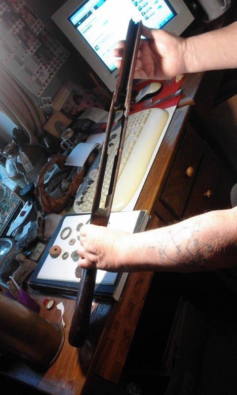 voila un bois de fusil  s.k.s Russe a vendre  (merci a Yann et Michael )