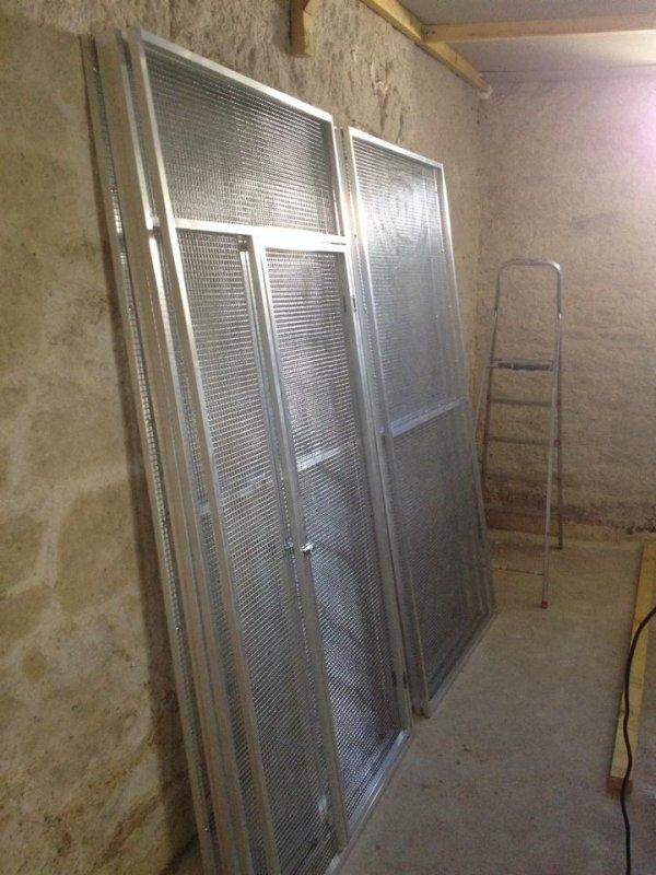 Panneaux de voli�res en aluminium