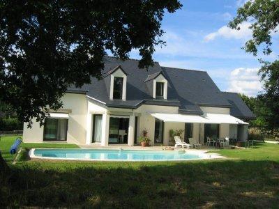 Construire une belle maison au cameroun avec blaise design for Plan belle maison