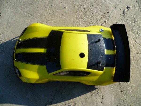Carson 1/8 thermique 4x4, 2 vitesses, moteur Force 28 ( 4.6cc)