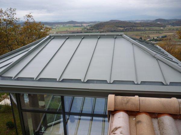 2 toitures joint debout pigmento vert blog de zinczinc for Toiture zinc joint debout